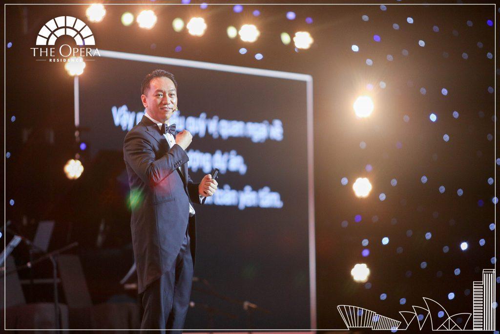 Ông Andy Han Suk Jung - Tổng Giám đốc SonKim Land giới thiệu về phân khu The Opera Residence